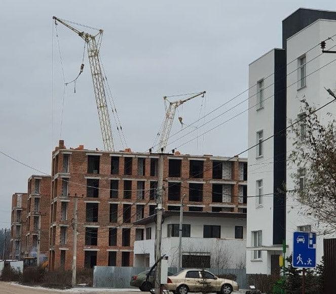 """Дом """"Власна № 3"""": ведется монтаж стен 6-ого этажа."""